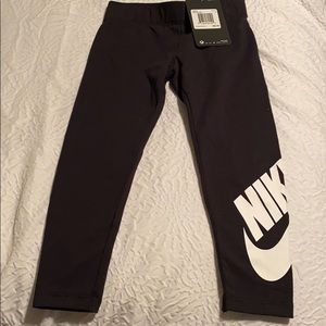 Nike girls leggings
